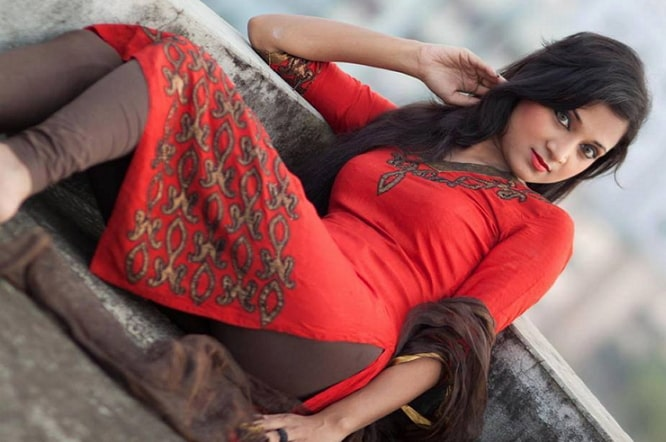 Bangladeshi model escort
